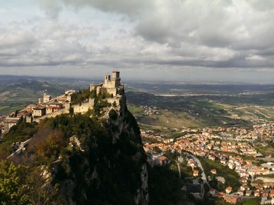 San Marino: Castles on a Hill